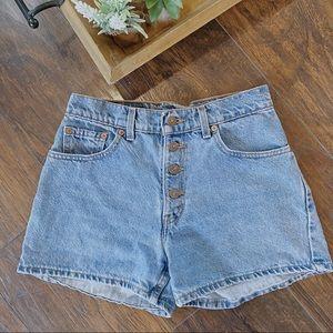 Levi's Denim Shorts mom shorts/ boho/ cali
